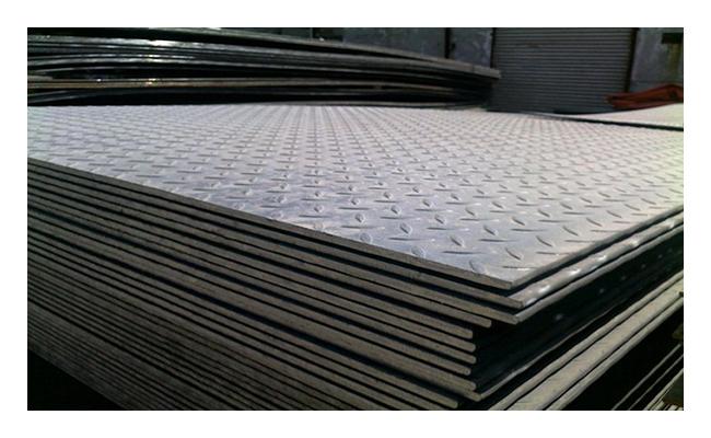 Лист рифленый 2,5х1250х2500 сталь 3 чечевица ГОСТ 8568-77